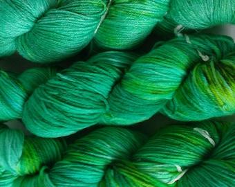 Socks wool cloth wool Merino 100 g watercolor yarn hand dyed green lime turquoise the wild green man