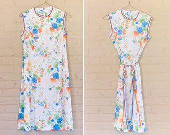 Vintage Floral Dress with Belt Size L