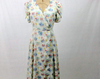 Vintage 70s Wrap Dress / Boho Dress / Floral Wrap Dress / Medium / Short Gathered Sleeve / Sweetheart Neckline / Cotton