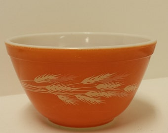 Pyrex Harvest Wheat, #401, Small Mixing Bowl;  Made in USA