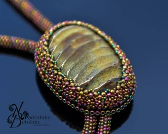 Bolo tie with rainbow fossil simbircite. Beadwork jewelry. Gemstone tie. Beaded jewelry tie