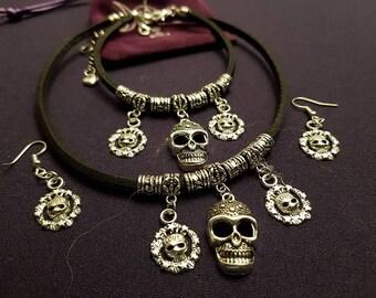 Leather skull design choker  bracelet and earrings set