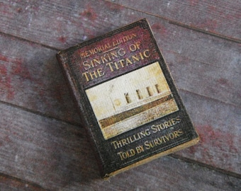 Miniature Book --- Sinking of the Titanic