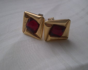 SALE Square Goldtone and Ruby Color Glass Cuff Links