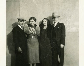vintage photo 1935 Cute Couples Fashion of the 30s Out on Town
