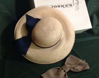 Ladies' Straw Hat with Bow