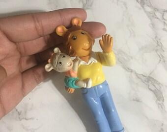 Arthurs mom and sister