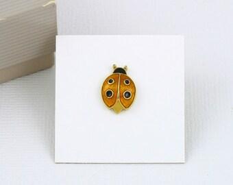 Vintage AVON Lucky Ladybug Pin - Yellow (1985) w/ Original Box. Vintage Avon Pin. Ladybug Tac Pin. Enamel Ladybug Pin. Vintage Avon Jewelry