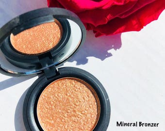 Natural Mineral Bronzer with UV protection - Pressed 59mm