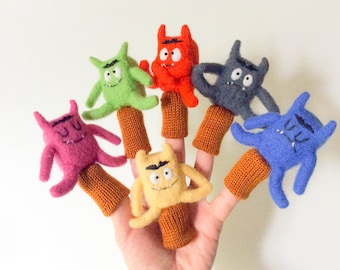 6 puppets fingers colors and emotions 6 finger puppets Colors and emotions wool
