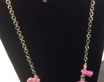 Glittery pink stones and earrings