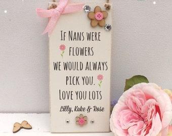 Nans/Mums Plaque Hanging Sign Flowers Shabby Chic Keepsake 9 x 19cm Cream
