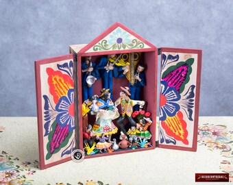 Peruvian retablo folk art sculpture- Handcrafted Wood Peru Retablo Diorama -Handmade  Collectible Peru Ornaments - Wood decor Accesories