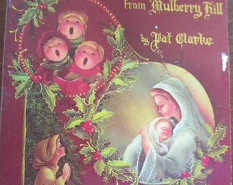 "Vintage 1981 ""Holly Sprigs from Mulberry Hill"" by Pat Clarke used Decorative  painting book  38 pages used"