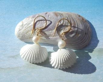 Seashell Pearl Earrings - Pearly Mermaid