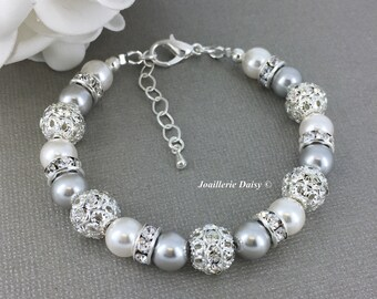Swarovski Jewelry Pearl Bracelet Grey and White Bracelet Bridesmaid Bracelet Bridesmaid Gift on a budget Maid of Honor Gift Wedding