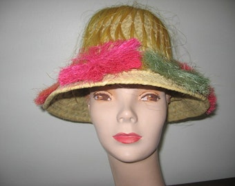 """NEW LISTING / 1960's Straw Pith Helmet with Bottle-Brush Flowers and """"HAIR""""!"""