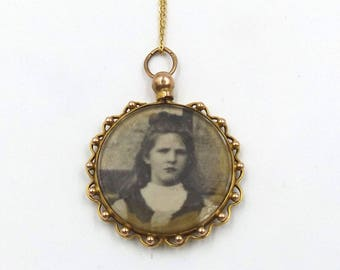 Antique 9ct Gold Photo Locket Necklace | 9K Edwardian Glass Pendant On A Chain