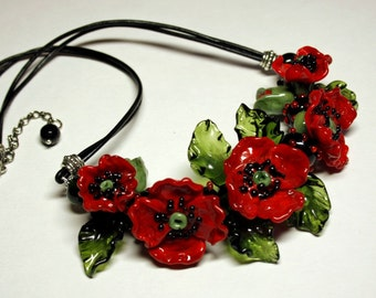 Lampwork necklace with glass red poppies, flower necklace, glass necklace, leather necklace, lampwork jewelry,  artisan glass, red necklace