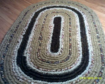 Brown and tan earth tone toothbrush handle rug