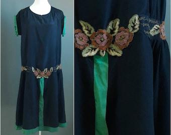 1920s silk dress, 1920s gatsby dress, 1920s embroidered dress, 1920s day dress, 20s day dress, extra large large volup size, 1920s dress