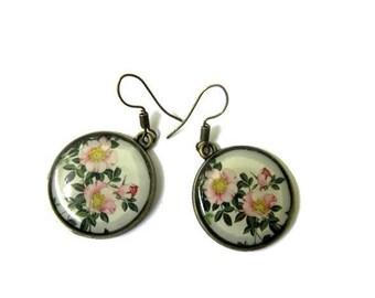 Dangle earrings - White Flower Earrings - Shabby Chic Rose - vintage style - flower jewelry - wedding jewelry - Pierced Earrings