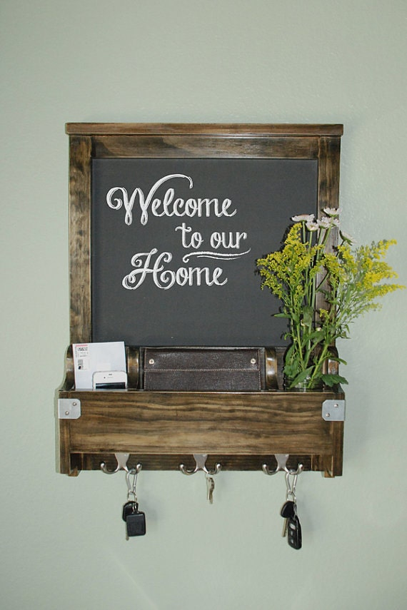 Very Entry Wall Organizer with Chalkboard: Wood Walnut Stain DN09