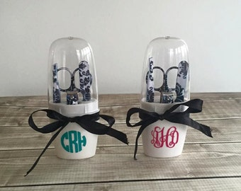 Monogrammed Black & White Damask Manicure Gift Set Curly Circle Font