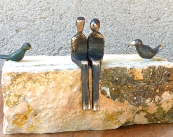By your side with love birds >> Romantic miniature bronze sculpture. Contemporary design by Yenny Cocq