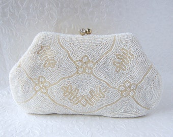 Sweet RICHERE Vintage Beaded Purse Rhinestone Kiss Clasp Little Silk White Art Deco Style Purse Pale Ivory Glass Bead Flowers Wedding Bridal