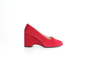 size 9 | Vintage Bisou-Bisou Red Leather Shoes | Red Suede Chunky Wedge Pumps | Block Heel Leather Heels | 40