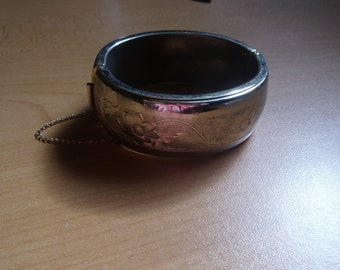 vintage bracelet bangle silvertone etched flower design chain