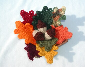 Acorn and Fall  Leaves --PDF--PATTERN