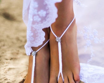 Bridal Foot jewelry, Rhinestone Beach wedding White Crochet Barefoot Sandals, Bridal shoes, Beach wedding shoes, Footless sandles