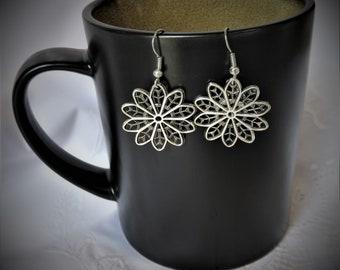 Silver Filigree Earrings, Silver Earrings, Filigree Earrings, Filigree Jewelry, Silver Lace Earrings, Lace Earrings