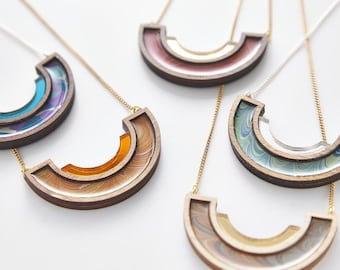 Esoteric london x paperwilds collaboration - marbled semicircle necklace small