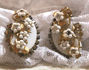 Vintage White and Rhinestone Clip-On Earrings with Gold Tone Accents//1950's