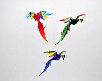 e36-156 Large Parrot
