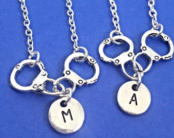 Best friend necklace, handcuff necklace,handcuffs,bff necklace, set of 2 bff,friendship,sister necklace,friends, personalized, initial charm