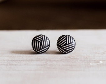 Geometric pattern earrings, color white and black, minimalist, stud earrings