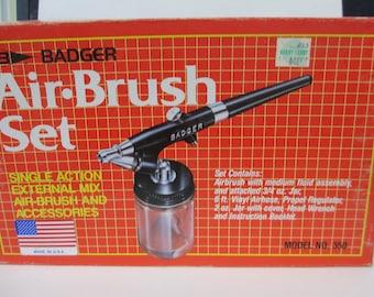 Vintage model 350 Badger Air-Brush Set complete used once