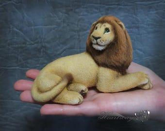 The Lion. Woolen sculpture. OOAK  - S O L D -