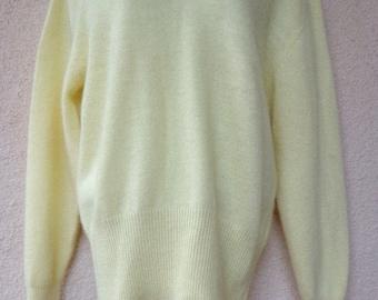 1980s SWEATER. Slouchy Sweater. Vintage Jumper. Yellow Sweater. Oversized Sweater. Fuzzy Sweater. Soft Sweater. Angora Sweater. Fairy Kei. M