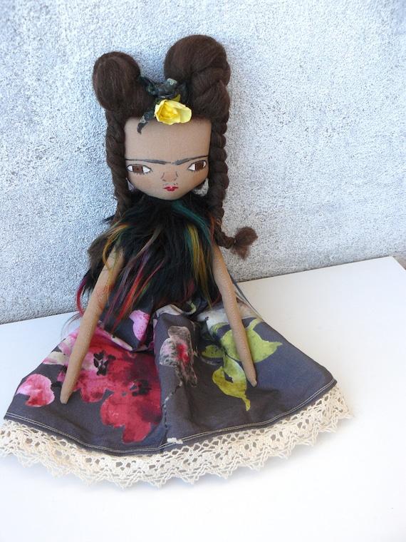 Frida Kahlo cloth doll. 13 inches.  Frida nº 8 2018 series.