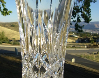 "Lead Crystal Vase, 3-7/8"" diameter x 7"" tall"
