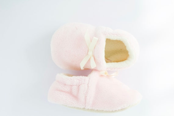 baby pink teddy soft girls shoes, pre walkers and toddlers