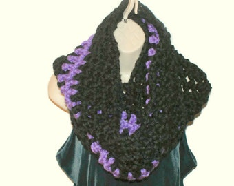 Womens Cowl, Chunky Infinity Cowl,  Winter Neckwarmer, Winter Cowl, Purple Cowl, Black Cowl, Thick Cowl, Warm Cowl, Thick Winter Cowl