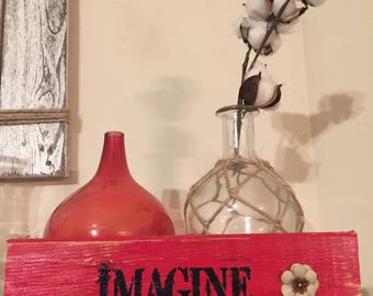 Rustic red pallet wood Imagine with flower