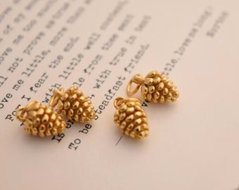 2 or 5 tiny gold pinecone charms woodland pendants in sterling silver, QY2