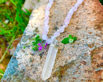 Rose Quartz Point Necklace / Clear Quartz Crystal Point / Wire Wrapped Pendant / Rose Quartz Beaded Necklace / Pink Crystal Jewelry